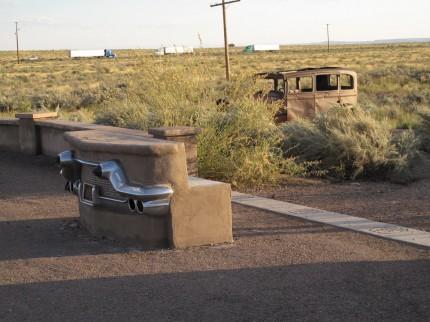 Denkmal der Route 66, die hier kreuzte und inzwischen nicht mehr existiert.