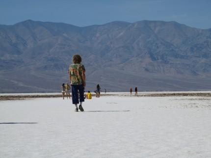 Spaziergang in die Salzwüste