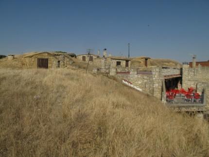 Häuser in die Hügel gebaut
