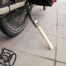 es lebe das Provisorium: Reparatur eines zerbrochenen Fahrradständers