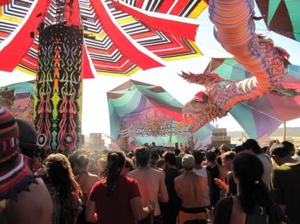 der Mainfloor mit gigantischen Drachen