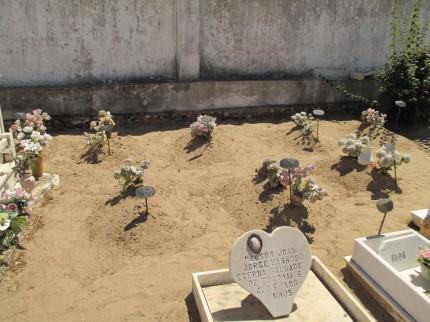 hier hat´s für Grabplatten nicht gereicht