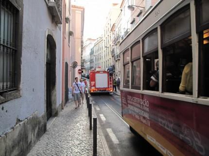 Tram-Stau wegen Feuerwehreinsatz